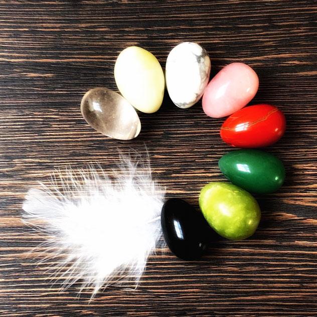 Yoni Eier, Yoni Egg