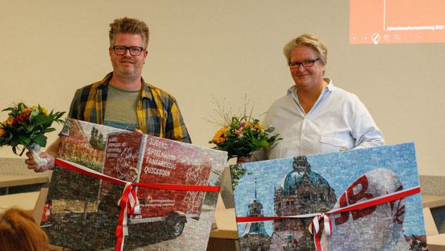 Große Geschenke gab es für die scheidenden Vorstandsmitglieder Philipp Schneider und Heike Prieß