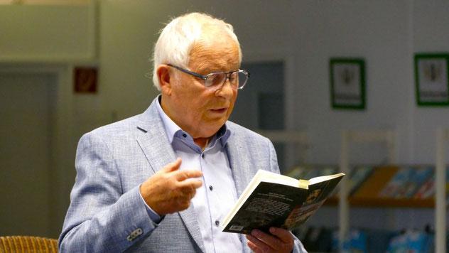 Mit seinem lebendigen Vortrag erfreute Peter Jäger sein Publikum