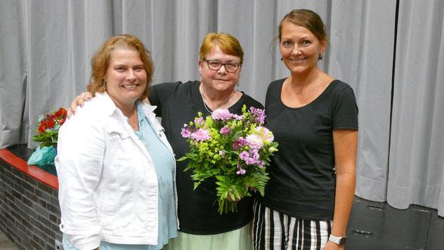 Für die FDP gratulierten Ines Glatthor (l.) und Friederike Rübhausen