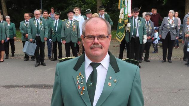 Ralph Nolte, neuer Vorsitzender des Schützenvereins Quickborn-Renzel , konnte mit dem Ablauf des ersten Schützenumzugs nach der Corona-Pause zufrieden sein.