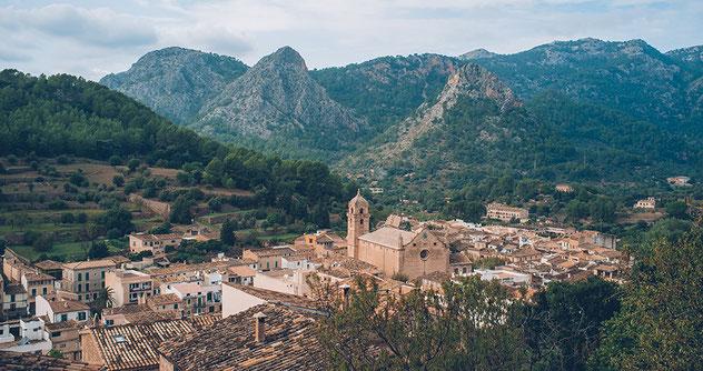 Bunyola, Mallorca, un dels pobles en els que es debia inspirar Villalonga
