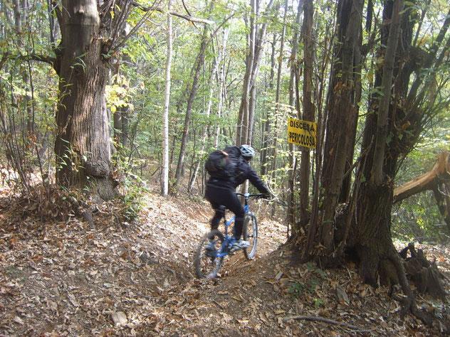 ecco il sentiero, dai local chiamato -Fora ad testa-