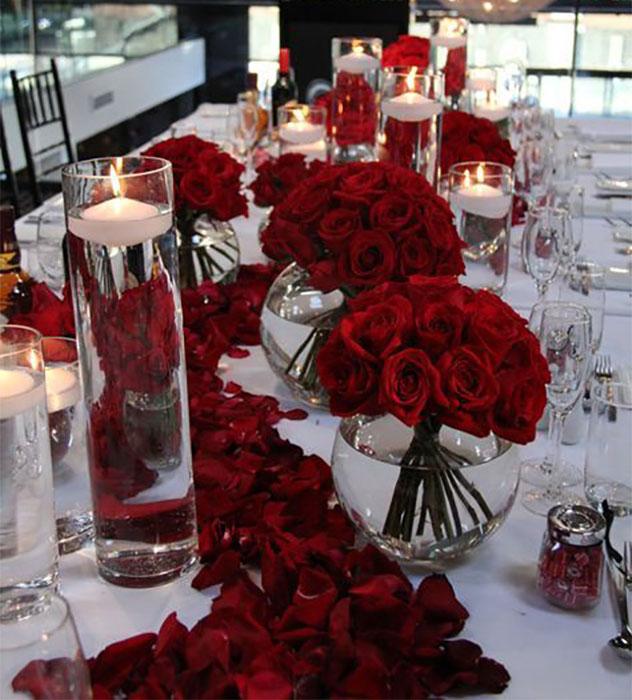 centro de mesa rojo para 15 años