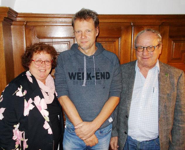 Das Siegertrio: Margit Gramsall (Zweite - 3744) – Sebastian Kleffner (Sieger - 3862) – Günther Aehlig (Dritter – 3704)