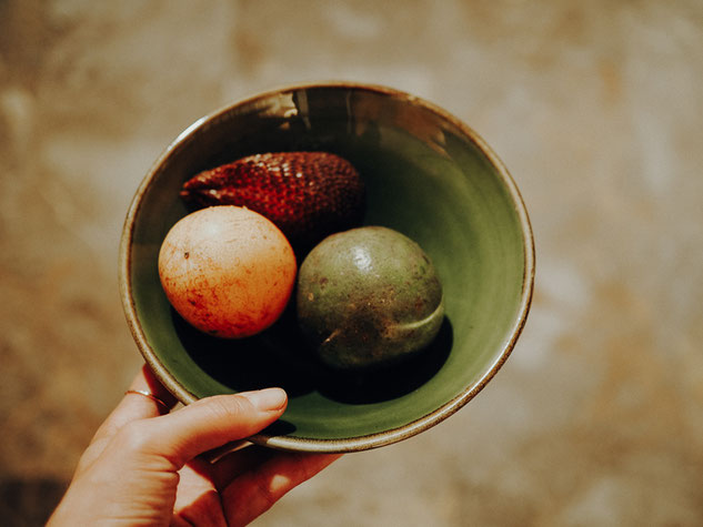 Fresh fruits every day in the room of Puri Santrian Resort in Sanur, Bali © Melanie Klien @Mafambani