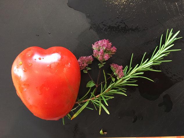 Tomaten mit Herz - nur die besten Zutaten für die WEILERHOF-Tomatensoße