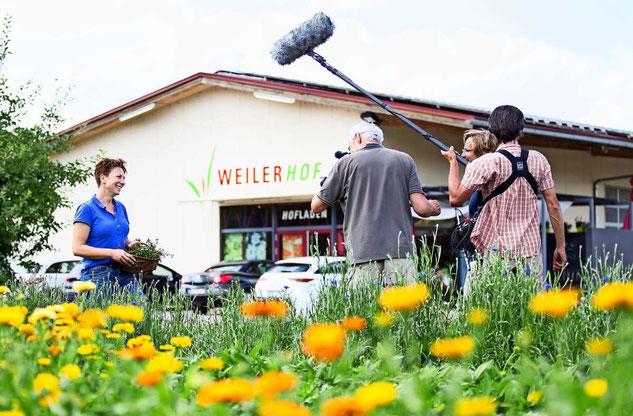 Lecker aufs Land - Das Fernsehteam des SWR dreht für die Sendung am 31.08.2020 - Foto: Tom Weller, Filmaufnahmen von Megaherz GmbH für den SWR.