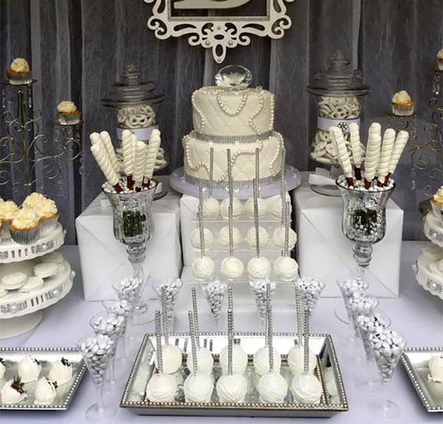 postres y pastel de boda