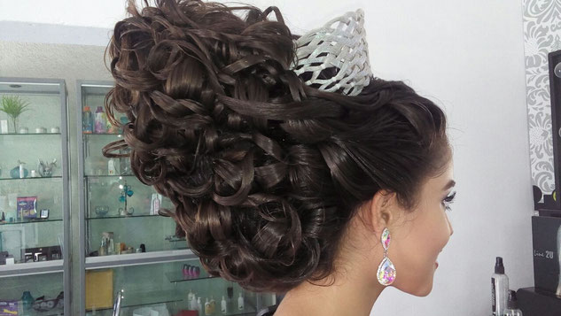 peinados para quinceañeras