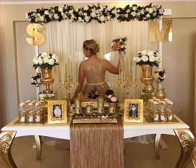 decoracion de una fiesta dorada