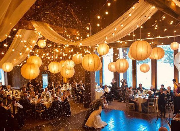 iluminación fiesta dorada