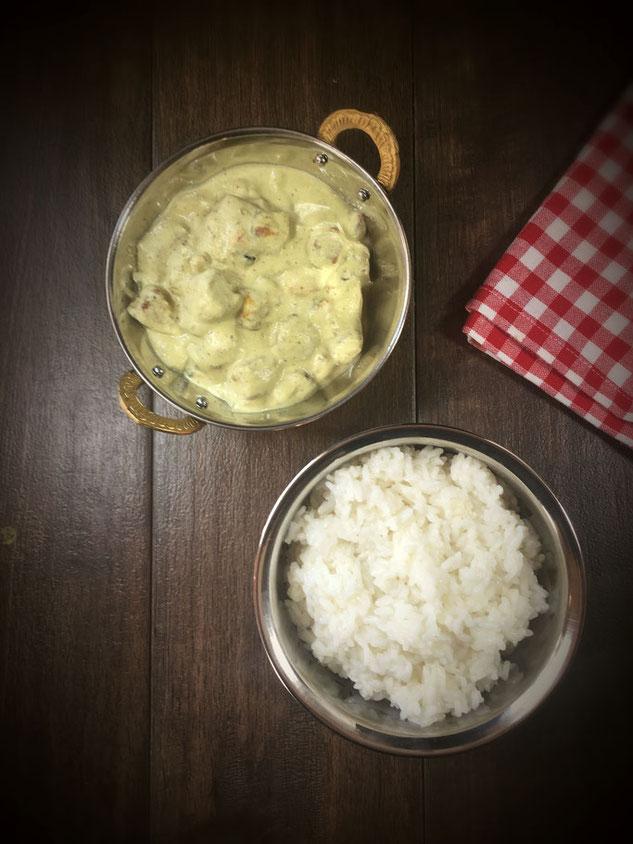 Shahi Paneer vegan mit Tofu aus dem Thermomix indische Zwiebel Sahne Soße mit Cashewkernen und Mandeln