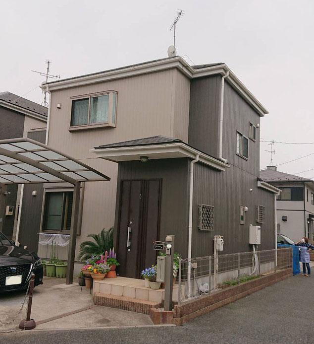 鎌ケ谷市東道野辺の屋根外壁塗装前です