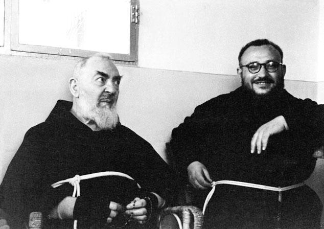 padre Gerardo Di Flumeri con Padre Pio da Pietrelcina