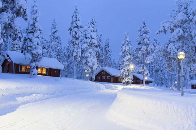 Blockhaus planen und bauen - Einfamilienhaus - Wohnblockhaus - Winter - Qualität