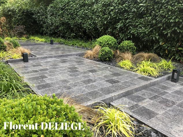 aménagement extérieur complet terrassement  pavage plantation paillis landscaping contemporary landscaping