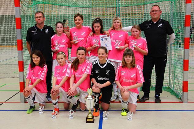 Die Siegerinnen des Wiesbadener Girlscup 2018 Indoor. Foto: Hannelore Wagner