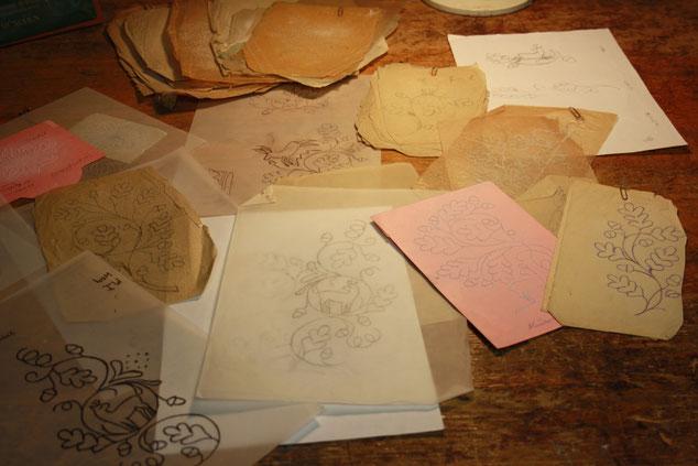 Fertigung - Maßgefertigte Lederhosen aus bestem Hirschleder in München
