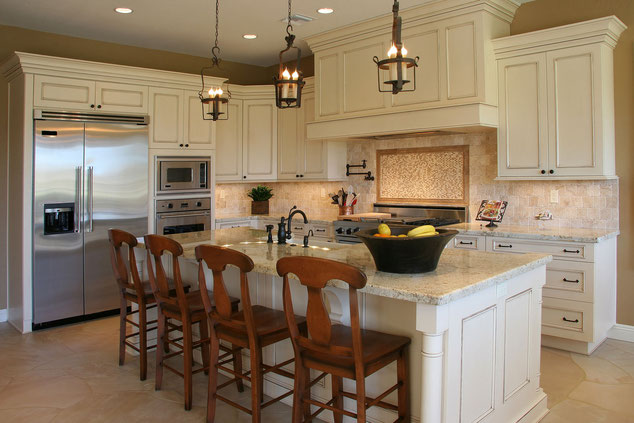 Kitchen remodeling and design in Newnan, Peachtree City, Fayetteville, Georgia by Steve's Roofing and Remodeling. We can help you have the kitchen you deserve. Beautfiful Kitchen remodeling in Newnan.