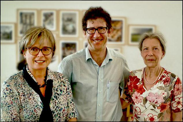 Prof. Dr. Lukas und Frau Dr. Heidi Schönfeld mit ihrem Übesetzer Dr. David Nolland