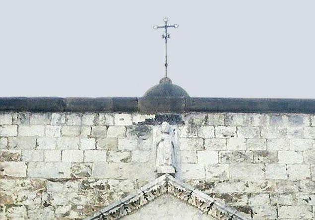 Cattedrale di Larino Croce terminale