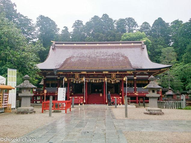2014年6月6日撮影 右宮左宮の拝殿