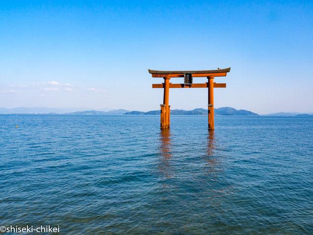白鬚神社の湖中鳥居