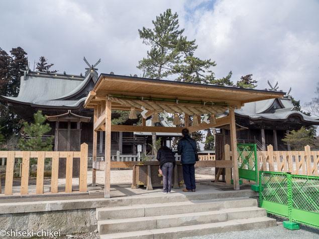 仮の参拝所が一の神殿前に設けられている
