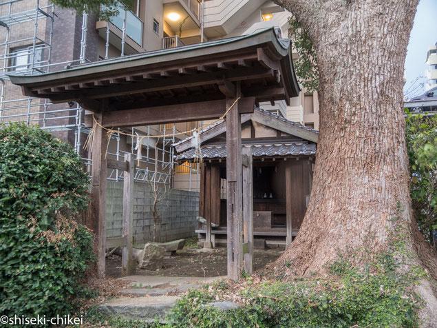 総社神社 地震で鳥居が壊れたようだ