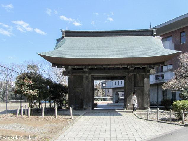 2012年3月25日撮影 水戸城唯一の建築遺構、藥医門