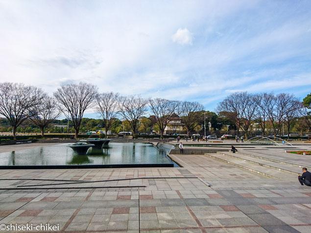 2015年12月25日撮影 和田倉噴水公園から巽櫓方面