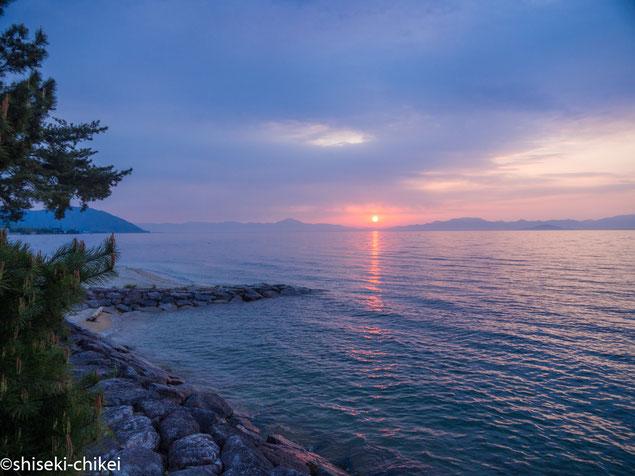 近江舞子付近から 琵琶湖の夜明け