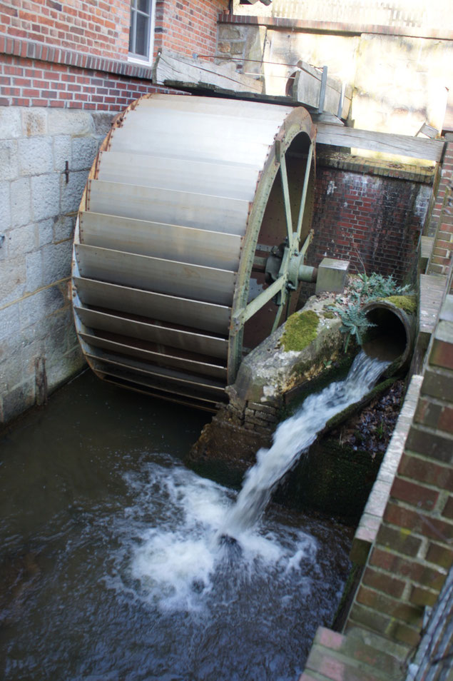 Wasserrad der Wassermühle Lonnerbecke