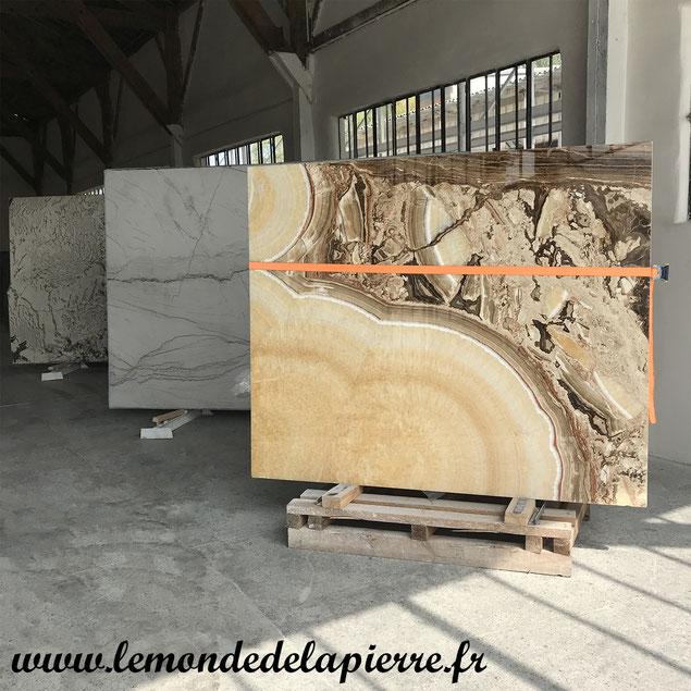 Le Monde de la Pierre - Rolleville - Normandie - tranche d'onyx