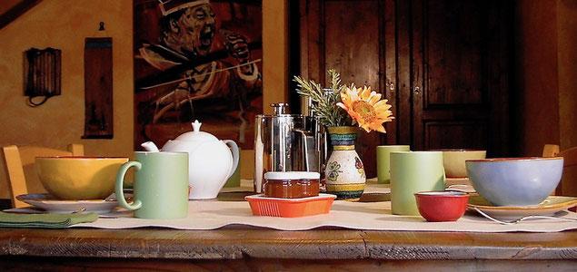 breakfast, table, Villa, Casafredda, Arezzo, Toscana, Tuscany, Italy