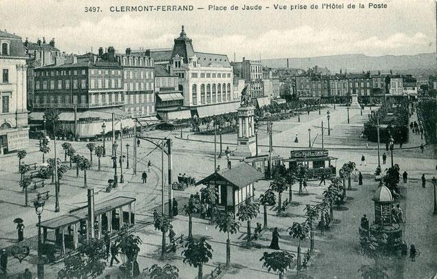 Vue ancienne sur la Place de Jaude depuis l'Hôtel de la Poste (source: collection Claude_villetaneuse)