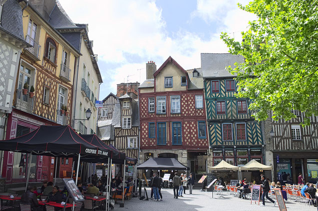 Rennes pendant une belle journée de Printemps (source:  Nicolas Vollmer)