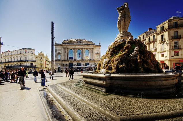 Place de la Comédie à Montpellier au printemps (source: Wolfgang Staudt)