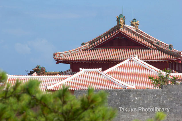 首里城正殿 赤瓦屋根
