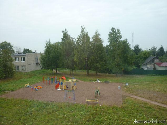 Детская площадка в Яльгелево (август 2015)