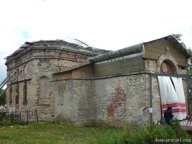 Храм во имя святого благоверного князя Александра Невского в деревне Александровка