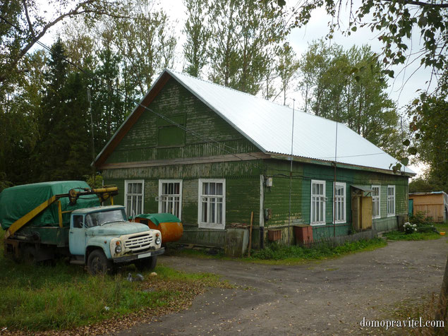 Многоквартирный дом в деревне Александровка
