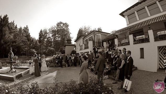 Garten Waldmannsburg Dübendorf Hochzeit Heiraten DJ Benz
