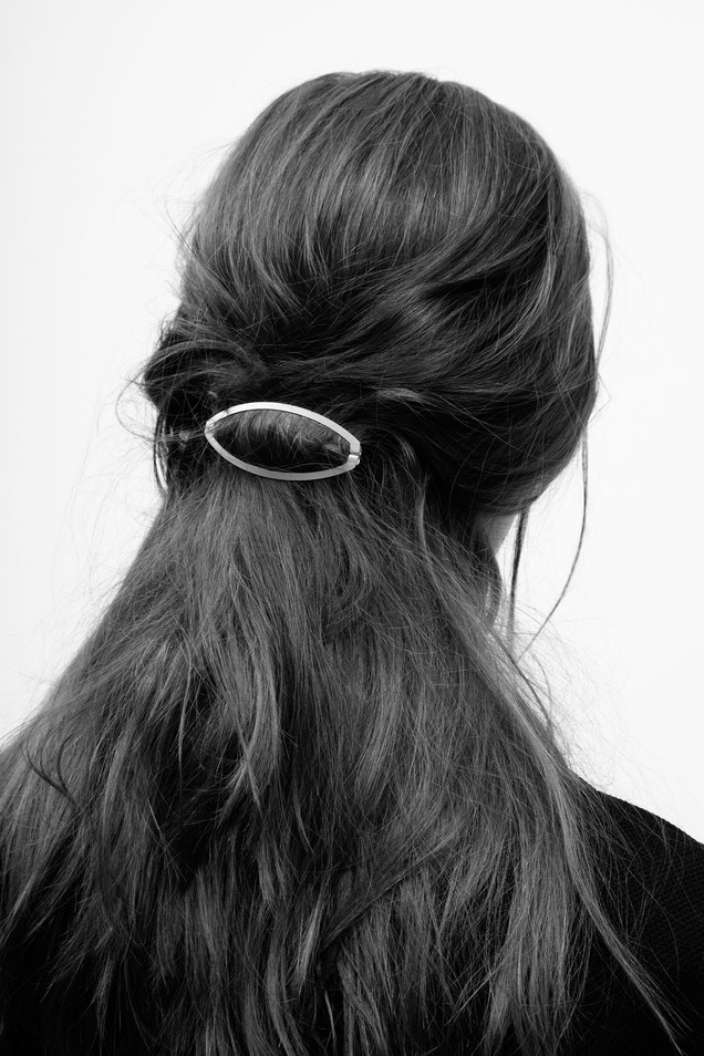 CLINQ Edition #01: ALVA; contemporary hair jewelry; hair clips