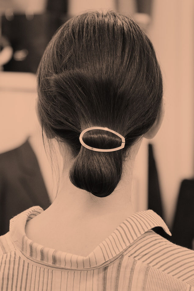CLINQ Edition #01: DAMIA; contemporary hair jewelry; hair clips