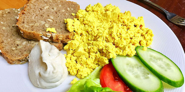 vegan tofu scramble at vega wroclaw poland