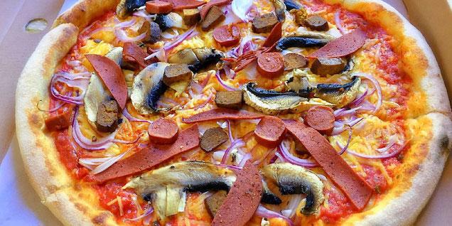 pizzaface ozzy vegan pizza
