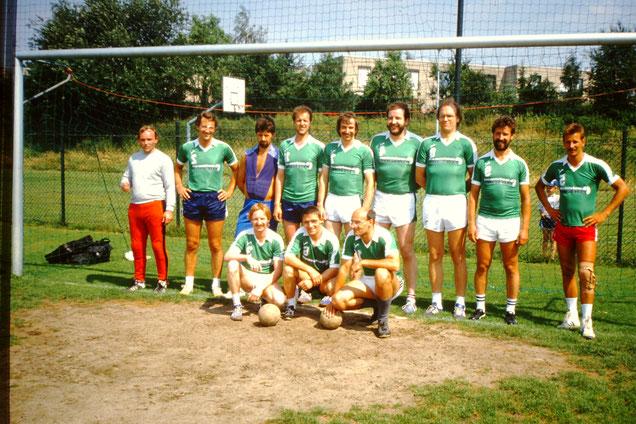 Großfeld U30 - Ü30 1987