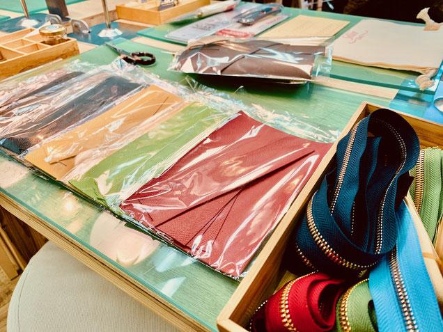 大阪のレザークラフト(革)教室ヨコハマセリエの革色々